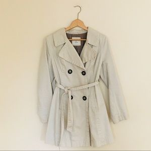 Old Navy Beige Wrap Button Down Trench Coat Medium